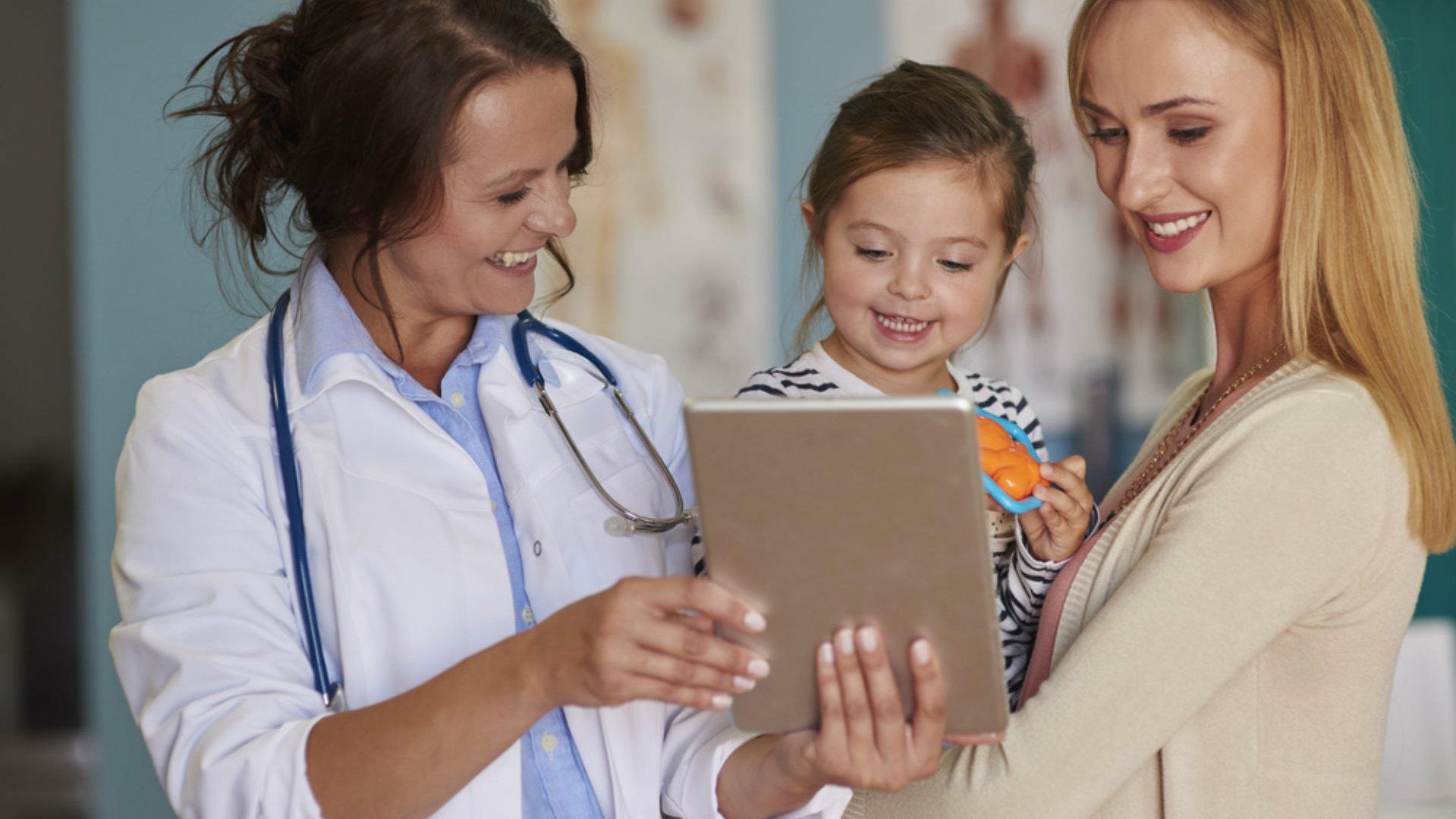 médico pediatra