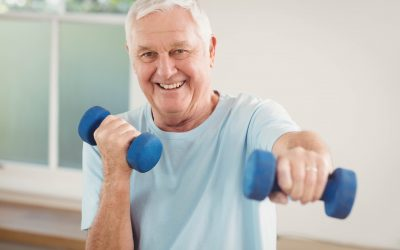 5 exercícios para idosos fazerem em casa na quarentena