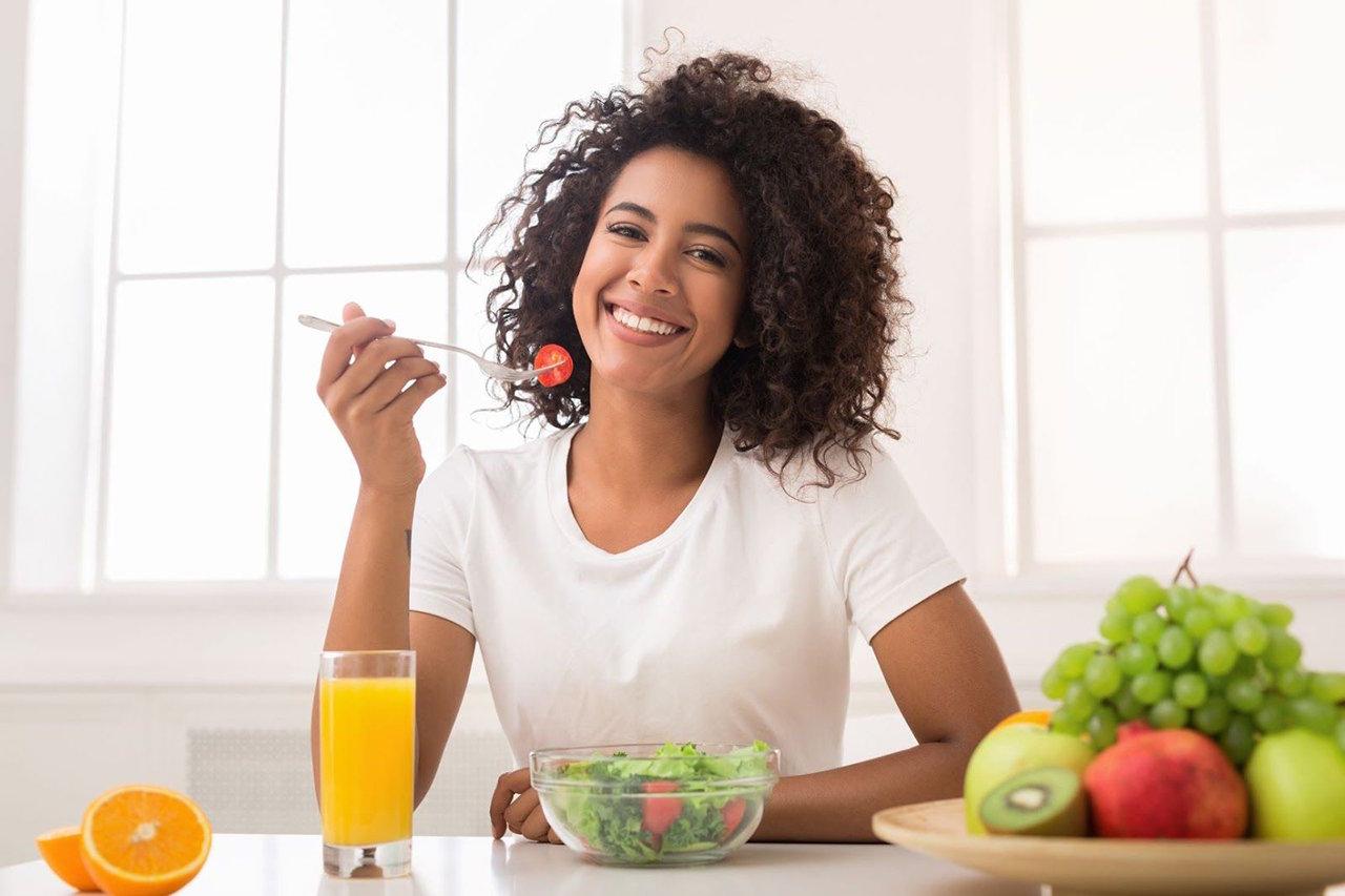 os principais beneficios que uma dieta low carb trazem para a saude